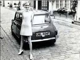 twiggy in a mews