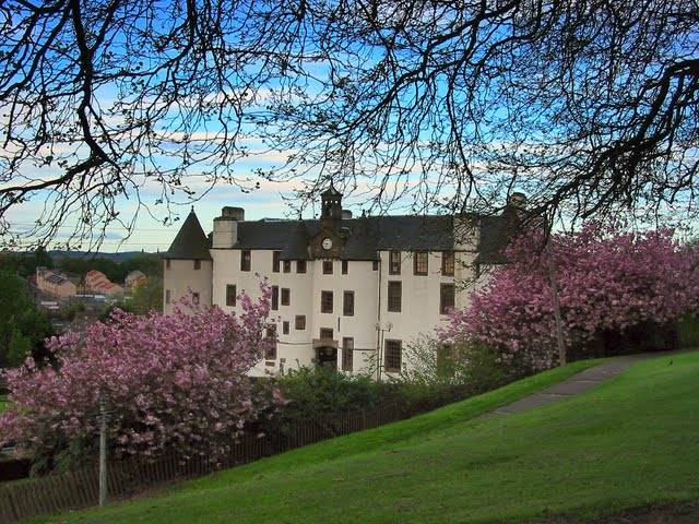 dudhope_castle3