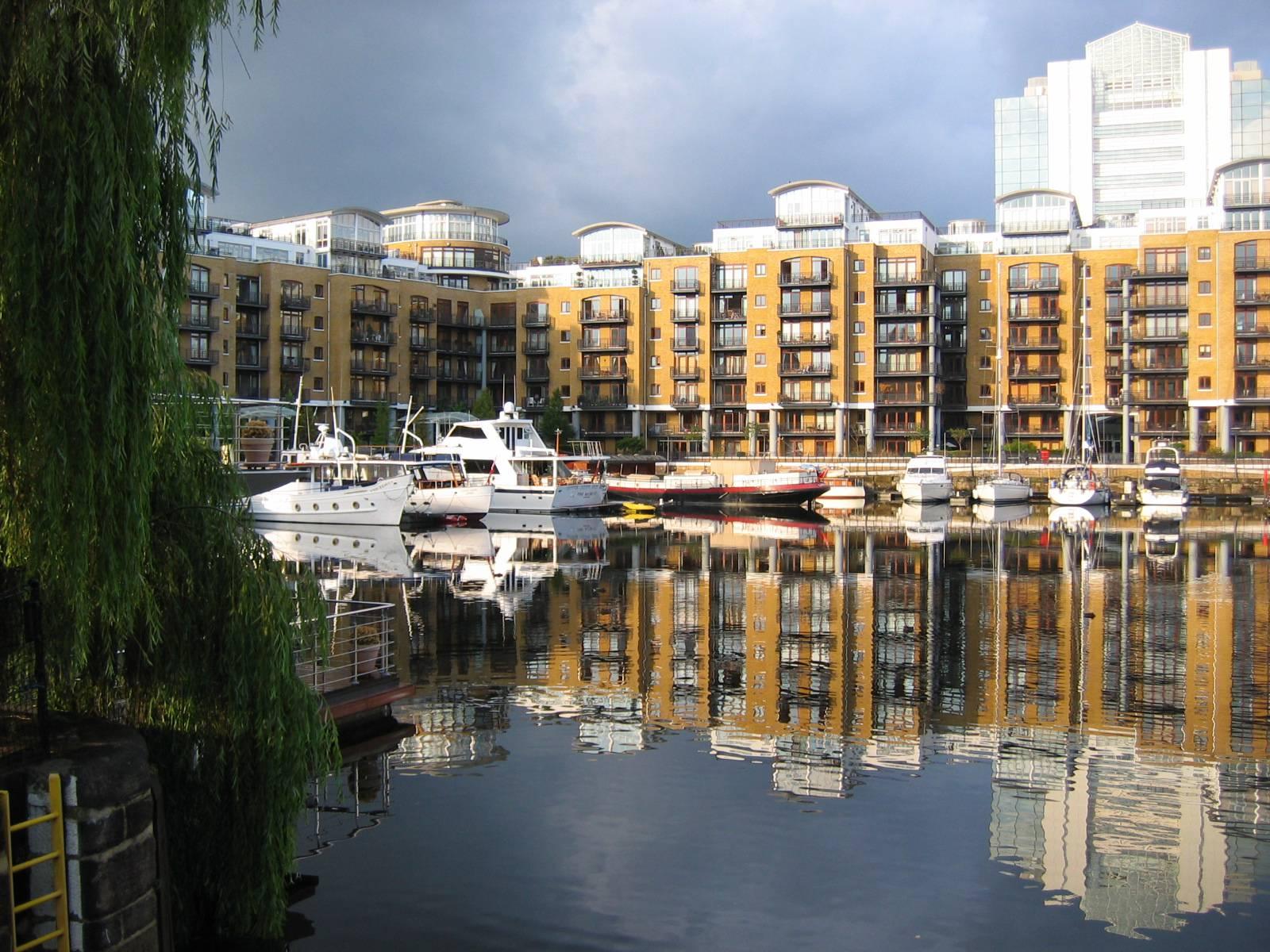 St_Katarine's_Docks